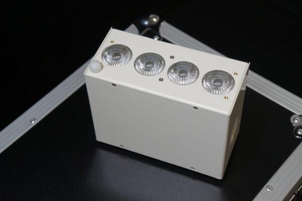 Par leds Batterie RGBWA+UV 50 Watts X8